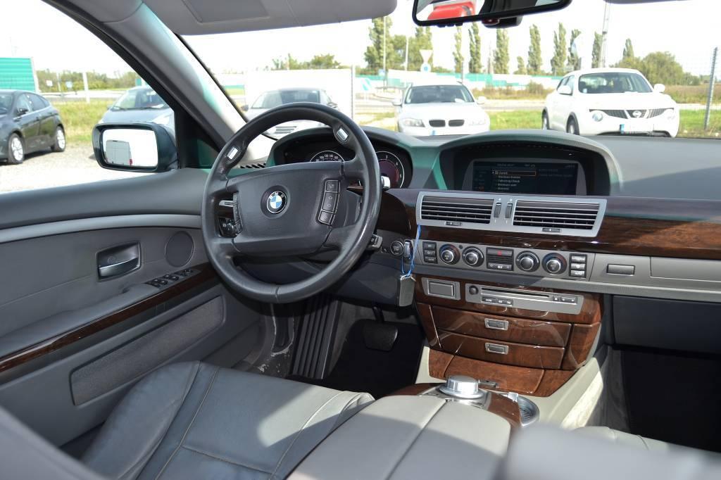 BMW Rad 7 730 d A/T