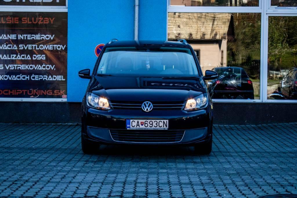 Volkswagen Touran 1.6 TDI CR BlueMotion Comfortline, Nelakované, Ťažné zariadenie