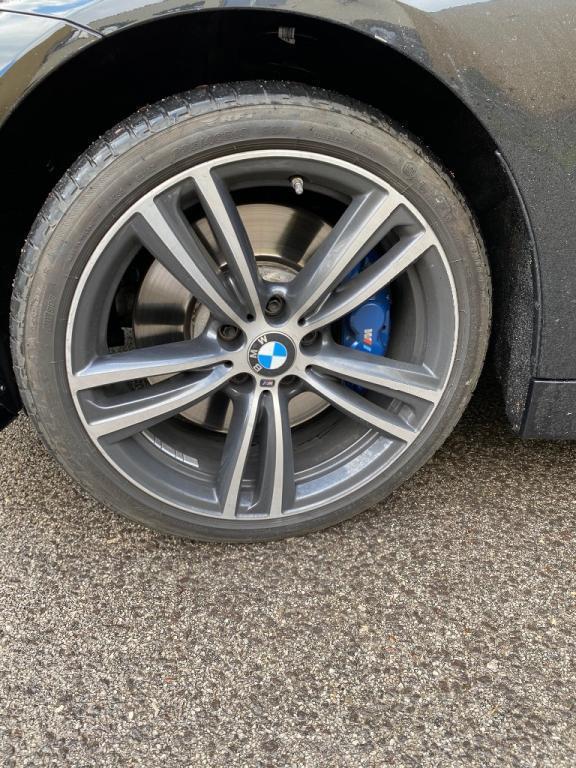 BMW rad 4 Cabrio 435i xDrive A/T (F33)