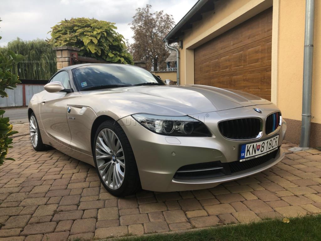 BMW Z4 2.5 L. E89. radovy 6-valec