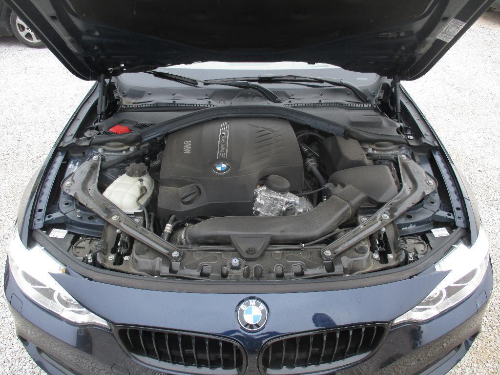 BMW rad 4 Cabrio 435i xDrive (F33)