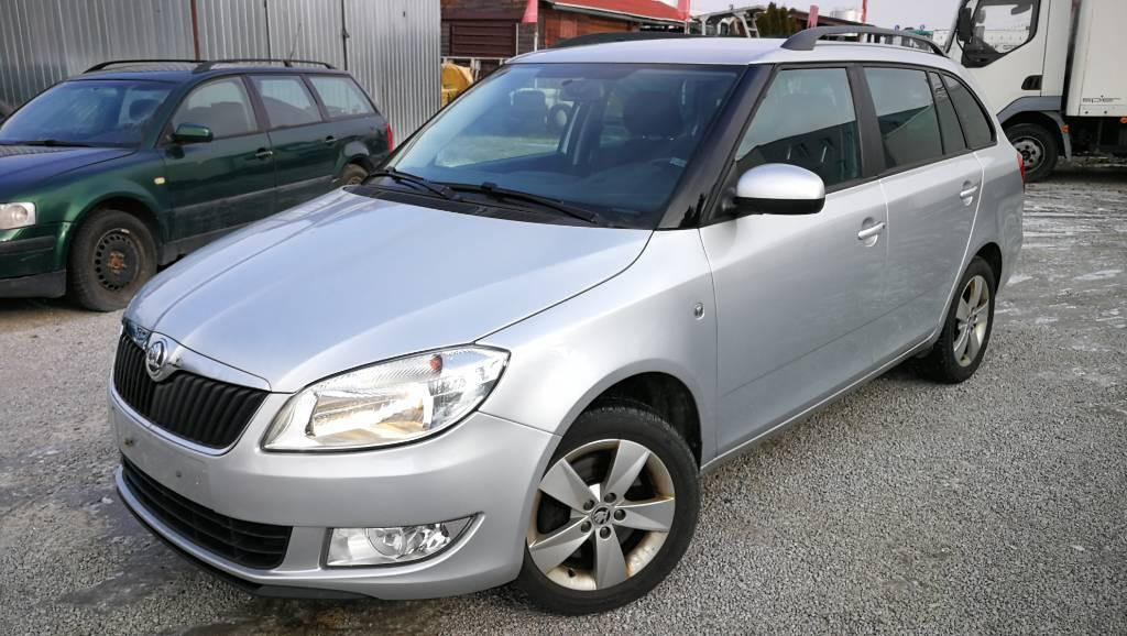 Škoda Fabia Combi 1.2 TSI 105k Ambiente DSG