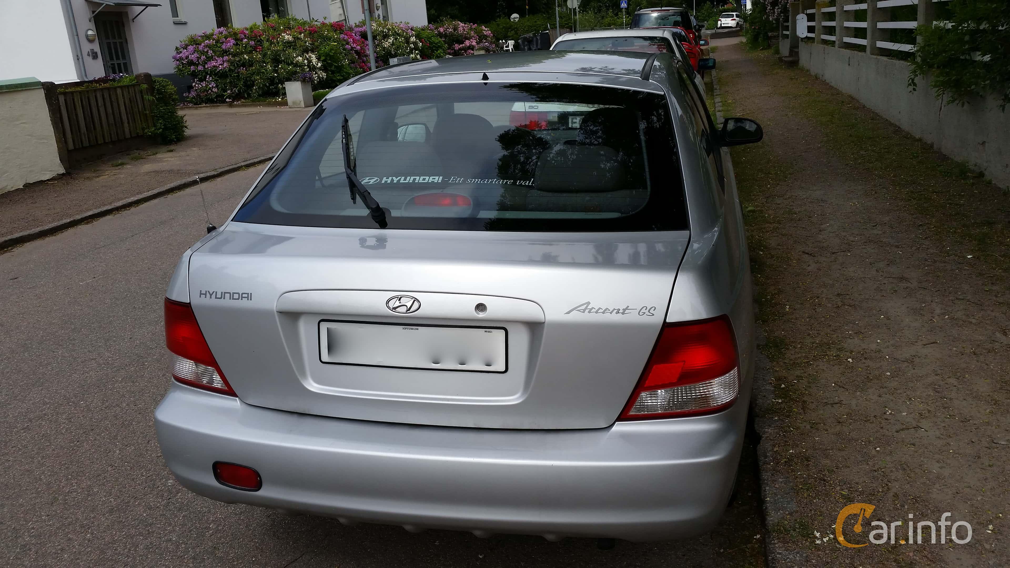 Hyundai Accent 3-door 1.5 Manual, 90hp, 2000